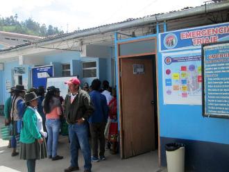 Ayacucho: padres y estudiantes se intoxicaron por comer guiso de yuyo