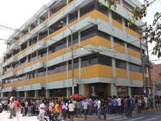 Lambayeque: estudiantes tomaron instalaciones de centro preuniversitario
