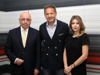 AC Milan presentó a Sinisa Mijahlovic en reemplazo de Filippo Inzaghi