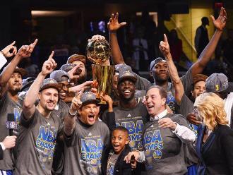 NBA: Golden State Warriors son los nuevos campeones tras triunfo ante Cavaliers