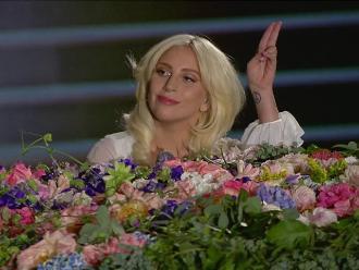 Lady Gaga sorprende con potente versión de 'Imagine'