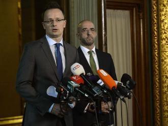 Hungría pretende evitar inmigración con una valla de 175 km en su frontera sur