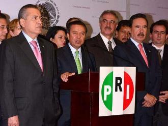 México: Líder del PRI tilda a Trump de ofensivo, impudente y xenófobo