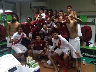 Copa América: El selfie de Perú por clasificar a cuartos al empatar con Colombia