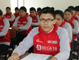 Arequipa: ofrecen 100 becas a Colombia y Honduras