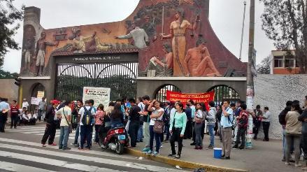 Trujillo: Manifestantes bloquearon acceso a ciudad universitaria