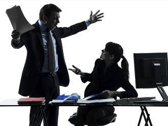 ¿Qué pasa cuando tu pareja y tú trabajan en la misma oficina?