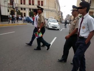 PNP interviene a escolares cuando se encontraban en parque de Chiclayo