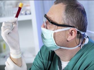 Análisis de sangre y saliva permiten detectar algunos tipos de cáncer