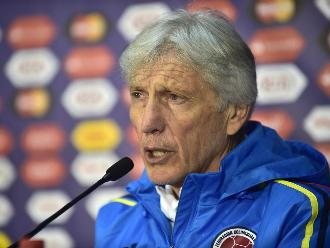 Chile vs. Uruguay: Pékerman criticó a Gonzalo Jara por la provocación a Cavani