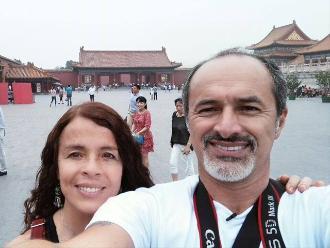Facebook: mira las aventuras de 'Cachín' en China