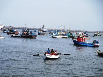 La Libertad: oleajes anómalos impiden desembarque de buques en Salaverry