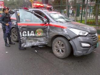Policía muere tras despiste de patrullero en Huaraz