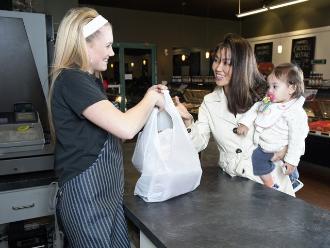 Hawái: el primero en prohibir las bolsas de plástico en supermercados