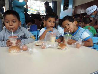 Chimbote: Qali Warma garantiza la entrega de desayunos escolares