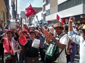 Juez admite demanda de amparo presentada por trabajadores de Tumán
