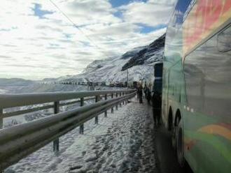 Vías del interior se encuentran interrumpidas por fuertes nevadas