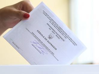 Reniec: en elecciones de mañana se podrá votar con DNI caduco