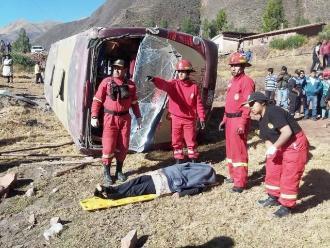 Cusco: neblina generó choque frontal que dejó 3 muertos y 15 heridos
