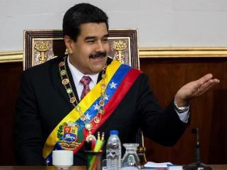 Venezuela: con Maduro, apoyo al chavismo cayó a la mitad