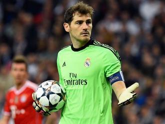 Real Madrid: Iker Casillas negocia su traspaso al Oporto, según prensa portuguesa