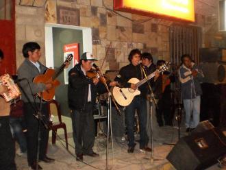 Con diversas actividades celebran el Día del Maestro en Andahuaylas