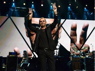 Ringo Starr celebra su cumpleaños con un himno de amor y paz