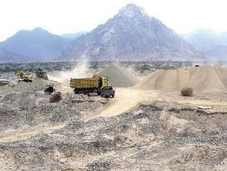 Fiscalizan actividad de mineros artesanales en la región Lambayeque