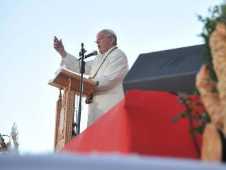 Papa pide perdón por crímenes de la Iglesia durante conquista de América