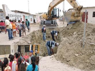 Piura: cortan conexión ilegal de agua en AA.HH 4 de Mayo