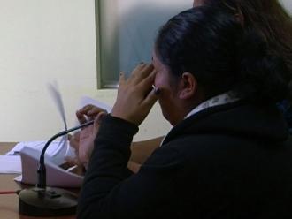 Chimbote: agente del INPE va presa por ingresar celular a penal