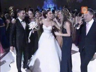 Natalie Vértiz y Yaco Eskenazi: Kina Malpartida cogió bouquet en 'boda del año'
