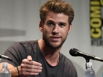 Comic Con 2015: Liam Hemsworth casi pierde los papeles