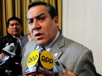 Adrianzén negó mordaza a procuradores, pero aclaró que hay marco legal