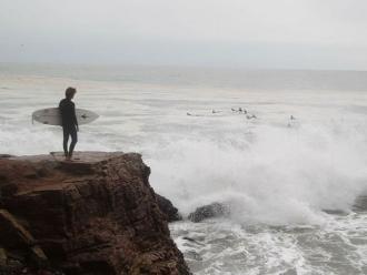 Oleajes anómalos afectará litoral peruano hasta el jueves