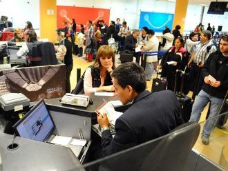 Aumenta en 12% número de extranjeros que llegan al Perú por trabajo
