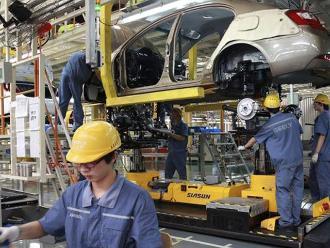 La economía china crece un 7 % en el segundo trimestre