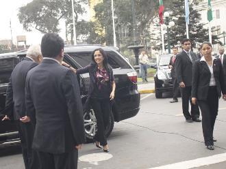 Nadine Heredia: Salgo indignada pero he cumplido con esta comisión