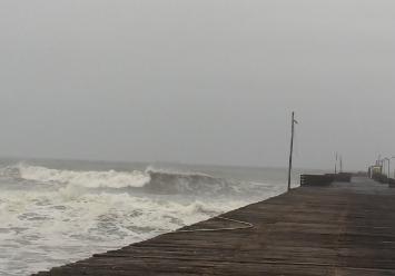 Pisco: ordenan el cierre de puertos y caletas ante oleajes
