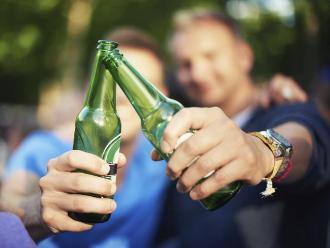 Consumir cerveza moderadamente puede reducir el riesgo de hipertensión