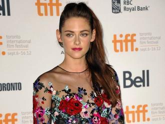Kristen Stewart habla de su infidelidad a Robert Pattinson