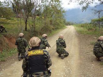Iquitos: entregan implementos a efectivos antidrogas para patrullaje