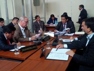 Pucallpa: comisión del Congreso interroga a implicados en caso Orellana