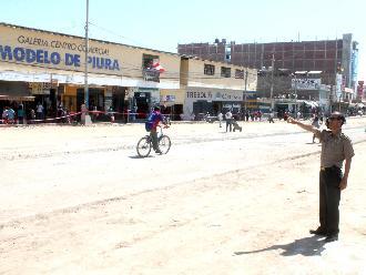 Mercado de Piura intenta atender nuevamente con normalidad