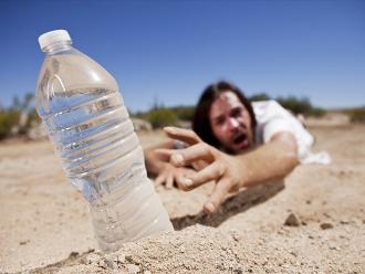¿Cómo afecta a tu organismo el no beber suficiente agua?