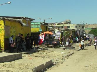 Piura: sigue temor por desalojo en puestos fijos del jirón Moreta