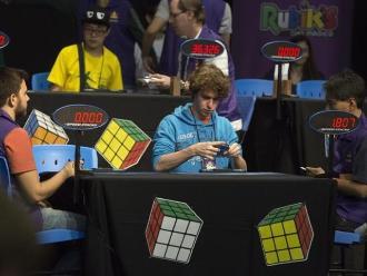 Sao Paulo acoge el octavo Campeonato Mundial de Rubik