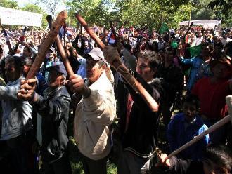 Ejecutivo invoca al diálogo a organizaciones campesinas del VRAEM ante paro