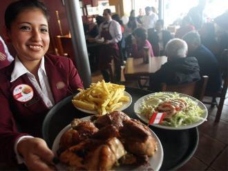 Día del Pollo a la Brasa: peruanos colman los restaurantes