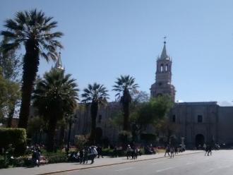 Desde la próxima semana arreglarán las calles y plazas de Arequipa por aniversario